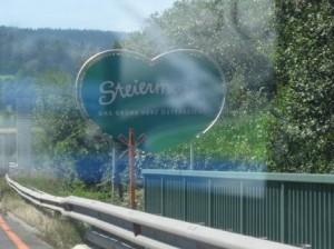 Steiermarkschild auf der Autobahn